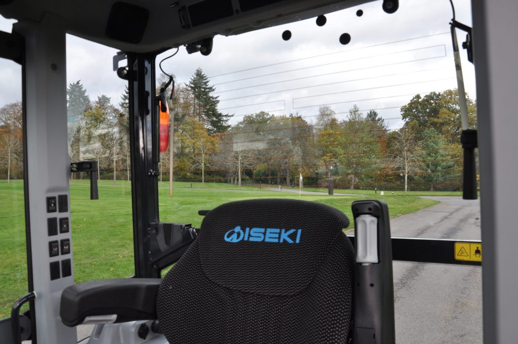 iseki th5420 rear view visibility